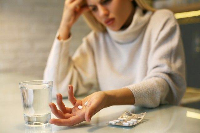 Мигрень от лекарств. Какие из них вызывают головную боль?