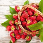 Любителям клубнички. Почему эта ягода снимает стресс