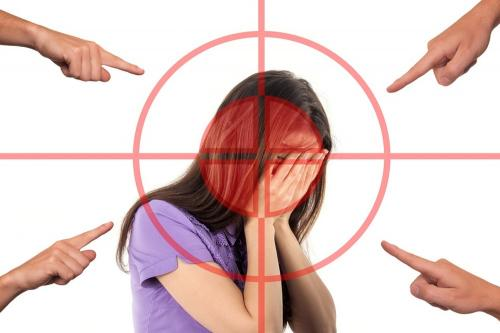 Мигрень чаще атакует женщин