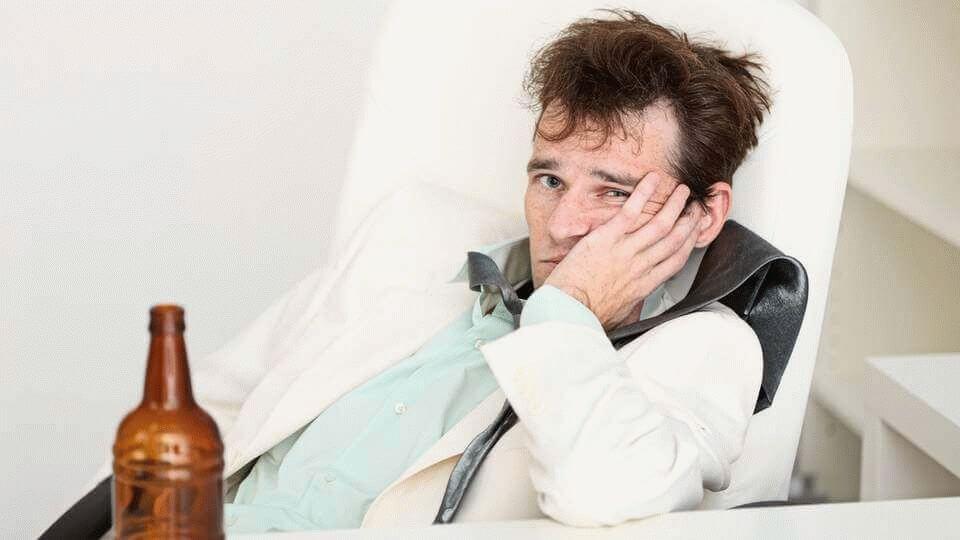 Что провоцирует мигрень у мужчин: неожиданное открытие ученых
