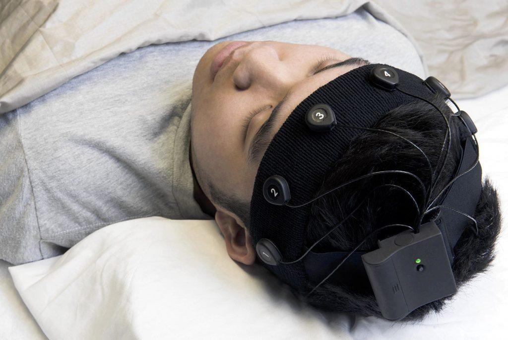 Стимуляция мозга во время сна улучшила память