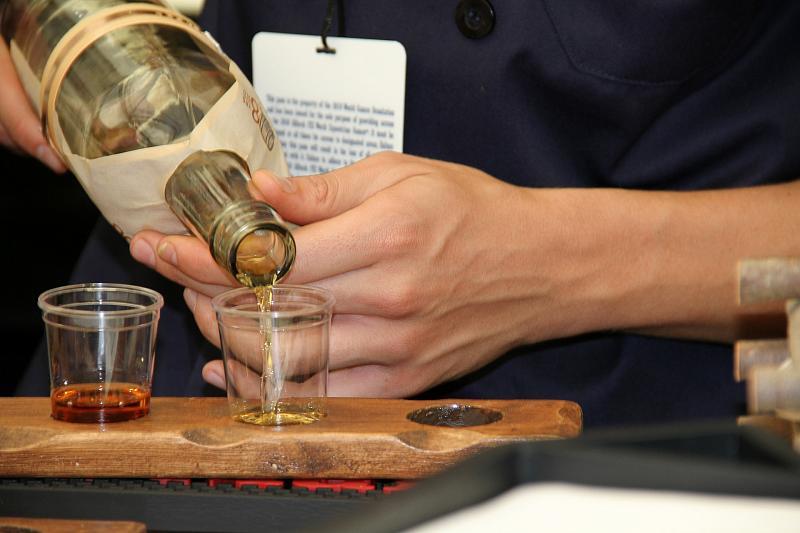 Учёные выяснили, что полный отказ от алкоголя вреден для мозга