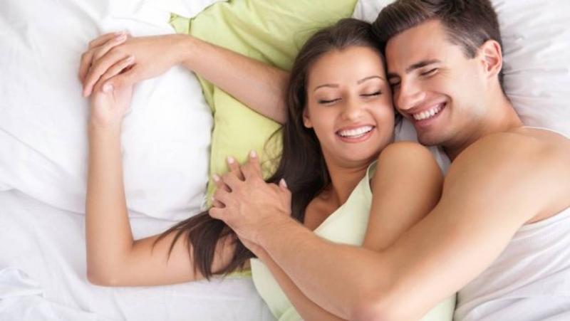 Интимные отношения с бывшими помогают одолеть стресс и депрессию — ученые