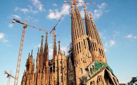 Достопримечательности Испании. Храм Святого Семейства в Барселоне.