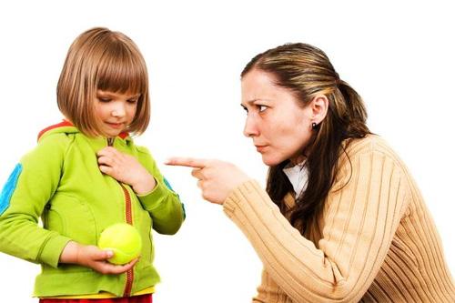Сохраните это: как можно помочь тем, кто столкнулся с домашним насилием