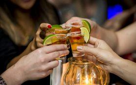 Какие продукты не стоит сочетать с алкоголем