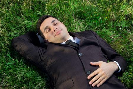 Эустресс. Расслабиться после работы: с бокалом вина или листком бумаги?
