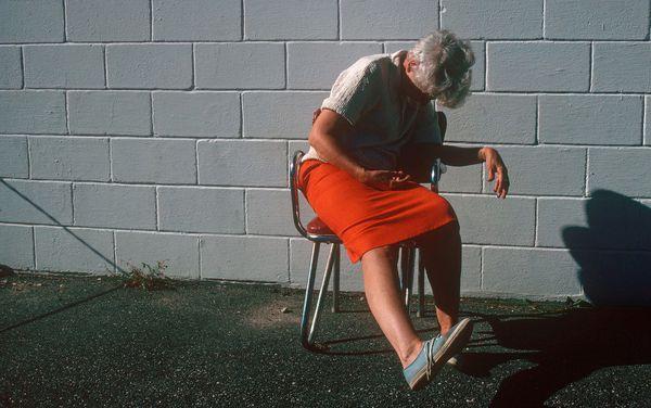 В каком возрасте наступает климакс: основные этапы и симптомы протекания