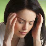 Эксперт: алкоголь не поможет, а лишь усугубит психическое состояние осенью