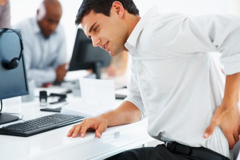 Как не навредить спине, проводя много времени за компьютером