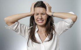 Мигрень: что провоцирует приступы, кто в зоне риска и как себе можно быстро помочь