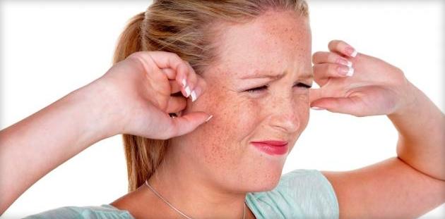 Какие причины могут вызывать звон в ушах