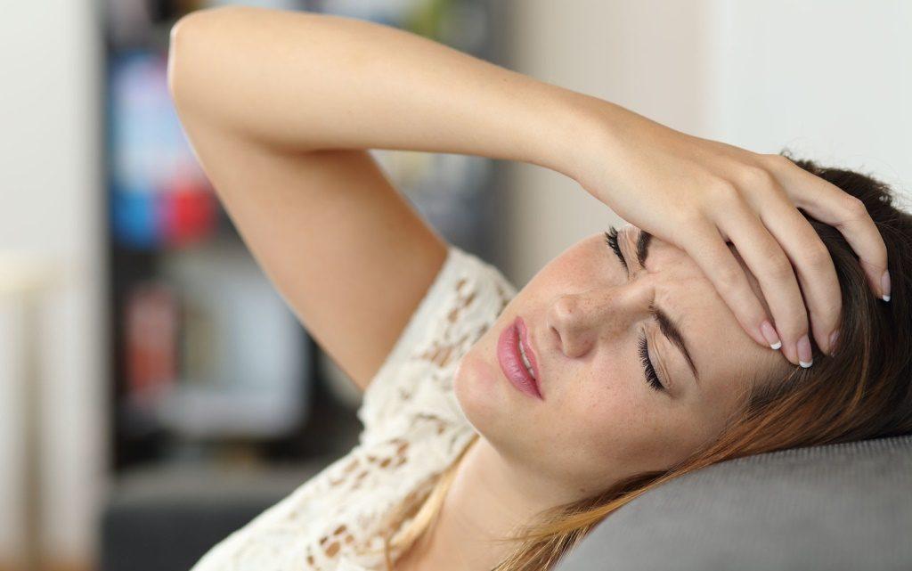 Почему болит макушка головы?